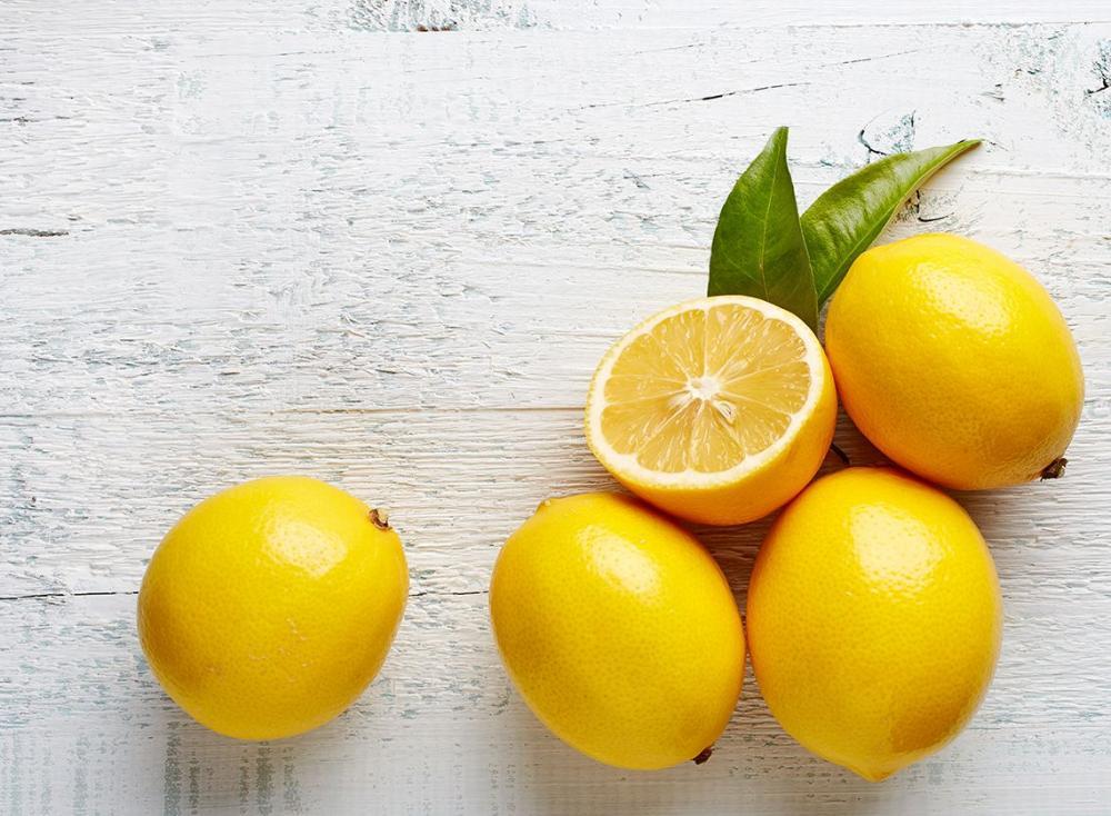 Lemon Oil Benefits and Usage
