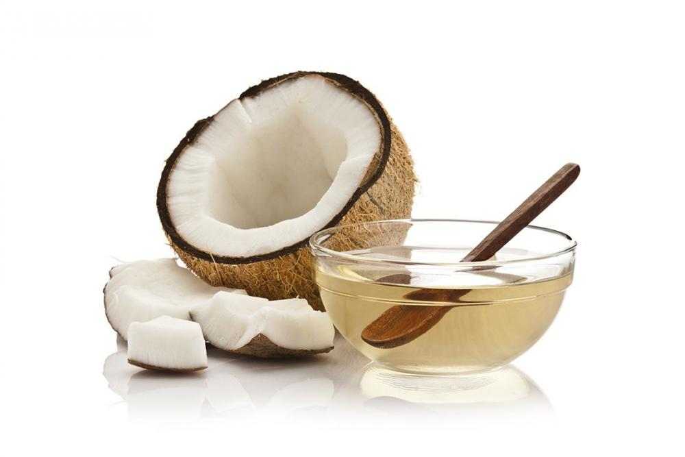 What is Fractionated Coconut Oil, and How Can it Improve Your Health