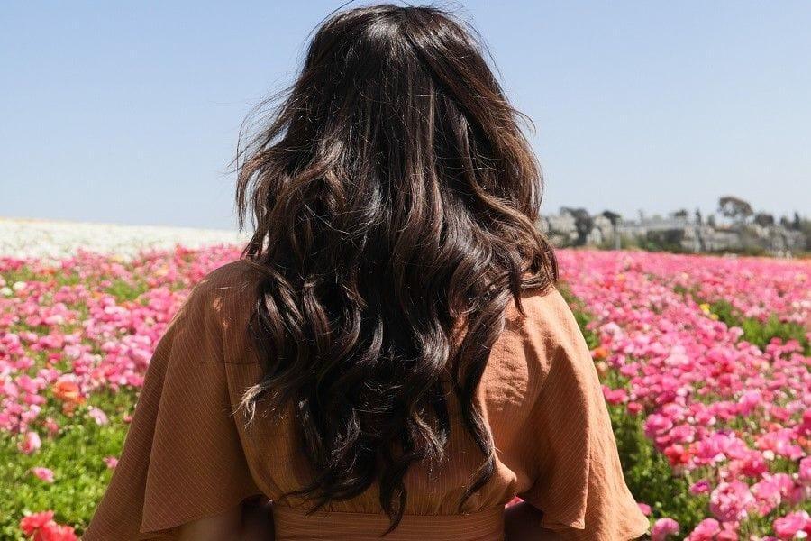 Four Way To Use Jojoba Oil For Dry Hair
