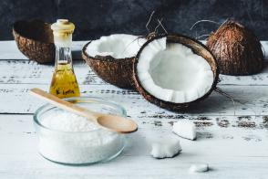 5 Unique Uses for Fractionated Coconut Oil