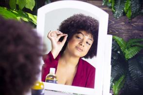 How to Use Castor Oil for Healthy Hair