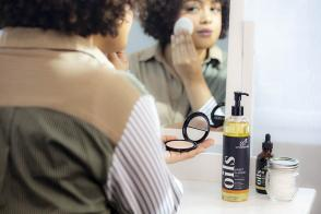 Are Beauty Oils the Hidden Secret to All Natural Skin Care?