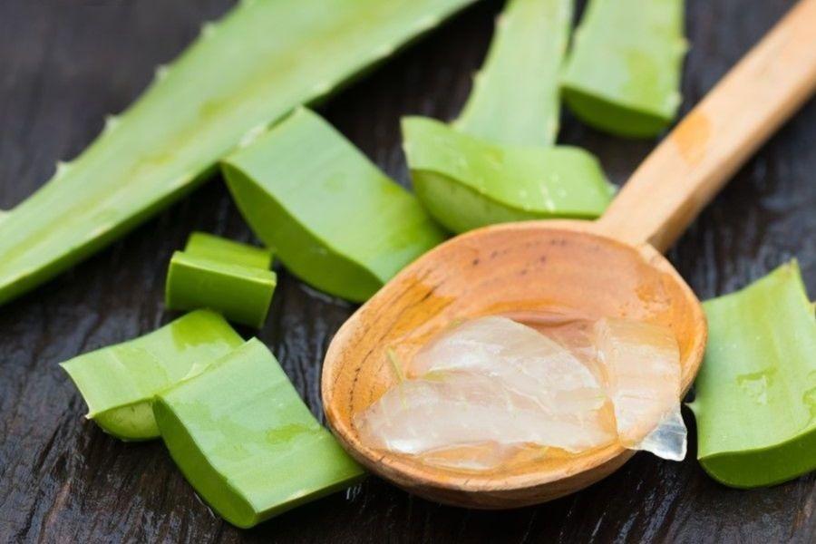 9 Benefits to Using Aloe Vera Gel