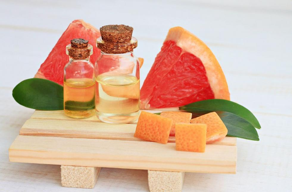 Benefits and Uses of Grapefruit Essential Oil