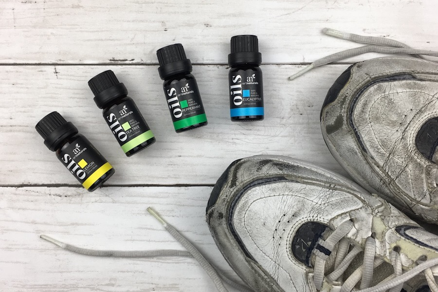 best-essential-oils-for-stinky-shoes-and-feet